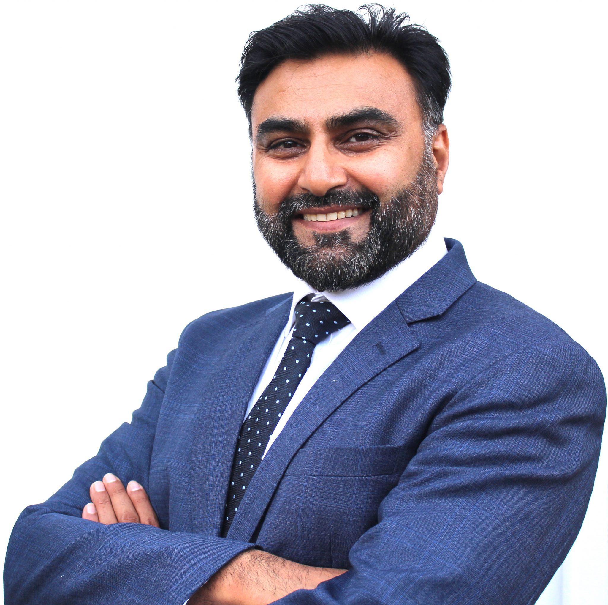 Dr Nadeem Younis
